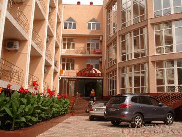 Отель  «Империя» (г. Евпатория)